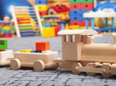 Преимущества и значение деревянной игрушки в развитии ребенка