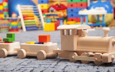 Преимущества деревянной игрушки в развитии ребенка